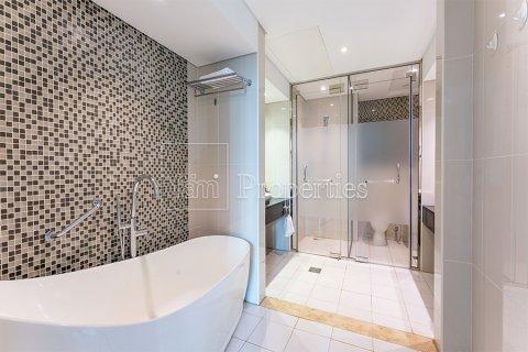 Apartment in Downtown Dubai (Downtown Burj Dubai), Dubai, UAE 3 bedrooms, 164.4 sq.m. № 3476 - photo 24