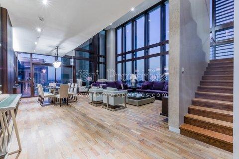 Duplex in Jumeirah, Dubai, UAE 3 bedrooms, 284.2 sq.m. № 4853 - photo 10