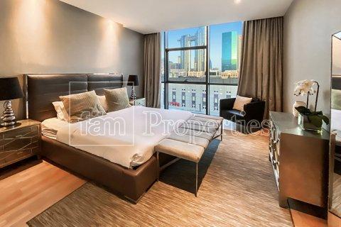 Apartment in Jumeirah, Dubai, UAE 3 bedrooms, 287.6 sq.m. № 4478 - photo 10