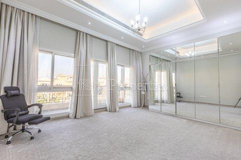 Villa in Dubai Land, Dubai, UAE 5 bedrooms, 743.2 sq.m. № 5116 - photo 14