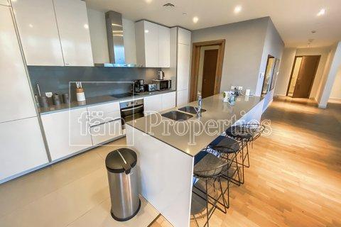 Apartment in Jumeirah, Dubai, UAE 3 bedrooms, 287.6 sq.m. № 4478 - photo 6