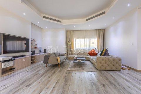 Villa in Dubai Land, Dubai, UAE 5 bedrooms, 743.2 sq.m. № 5116 - photo 13