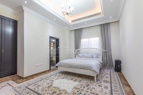 Villa in Dubai Land, Dubai, UAE 5 bedrooms, 743.2 sq.m. № 5116 - photo 21