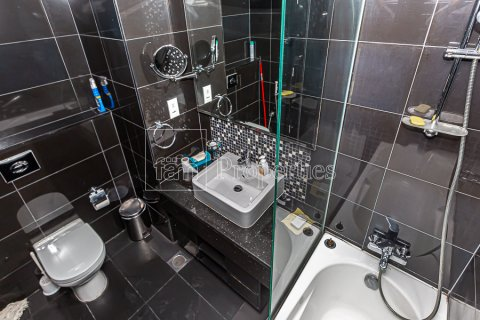 Apartment in Business Bay, Dubai, UAE 1 bedroom, 79.2 sq.m. № 25921 - photo 12
