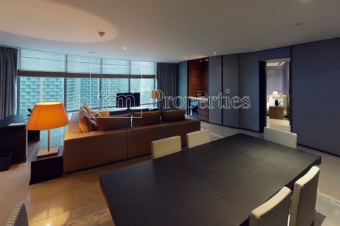 Apartment in Downtown Dubai (Downtown Burj Dubai), Dubai, UAE 2 bedrooms, 178.9 sq.m. № 25761 - photo 1