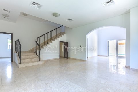 Villa in Dubai Land, Dubai, UAE 5 bedrooms, 334.4 sq.m. № 5143 - photo 17