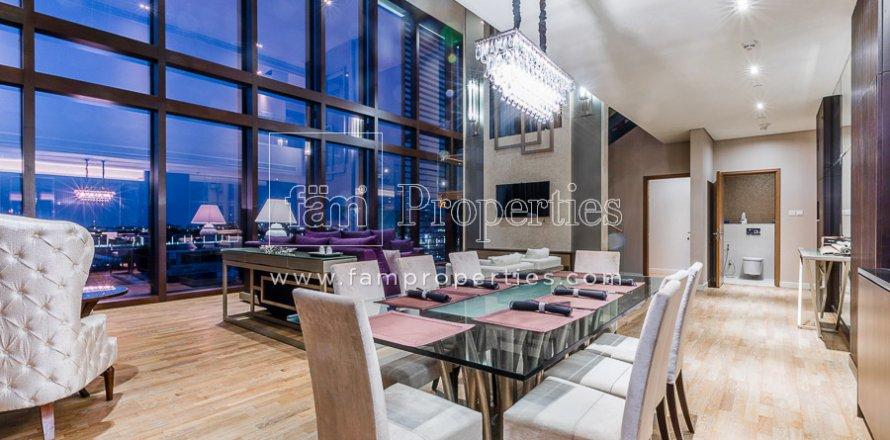 Duplex in Jumeirah, Dubai, UAE 3 bedrooms, 284.2 sq.m. № 4853