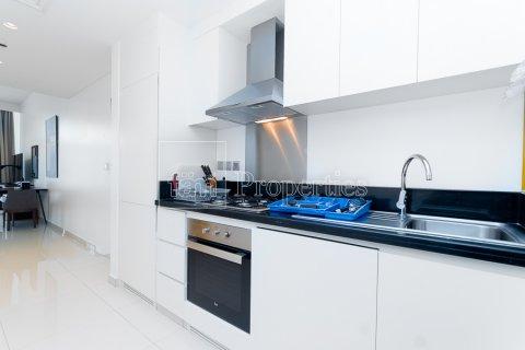 Apartment in Business Bay, Dubai, UAE 50.4 sq.m. № 25694 - photo 5