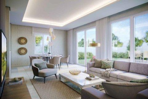 Villa in Dubai, UAE 4 bedrooms, 399.9 sq.m. № 25688 - photo 1