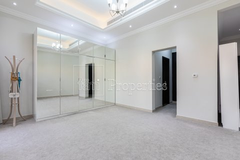 Villa in Dubai Land, Dubai, UAE 5 bedrooms, 743.2 sq.m. № 5116 - photo 23