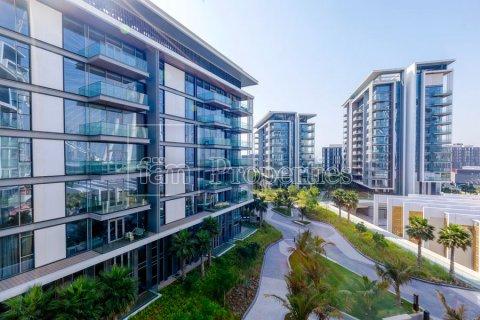 Apartment in Dubai, UAE 3 bedrooms, 189 sq.m. № 5025 - photo 5
