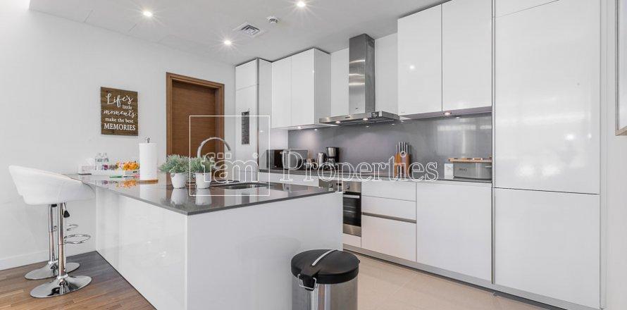 Apartment in Jumeirah, Dubai, UAE 2 bedrooms, 177.4 sq.m. № 4824