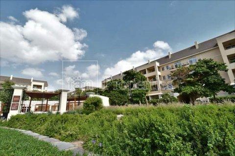Apartment in Motor City, Dubai, UAE 1 bedroom, 94.9 sq.m. № 29146 - photo 12