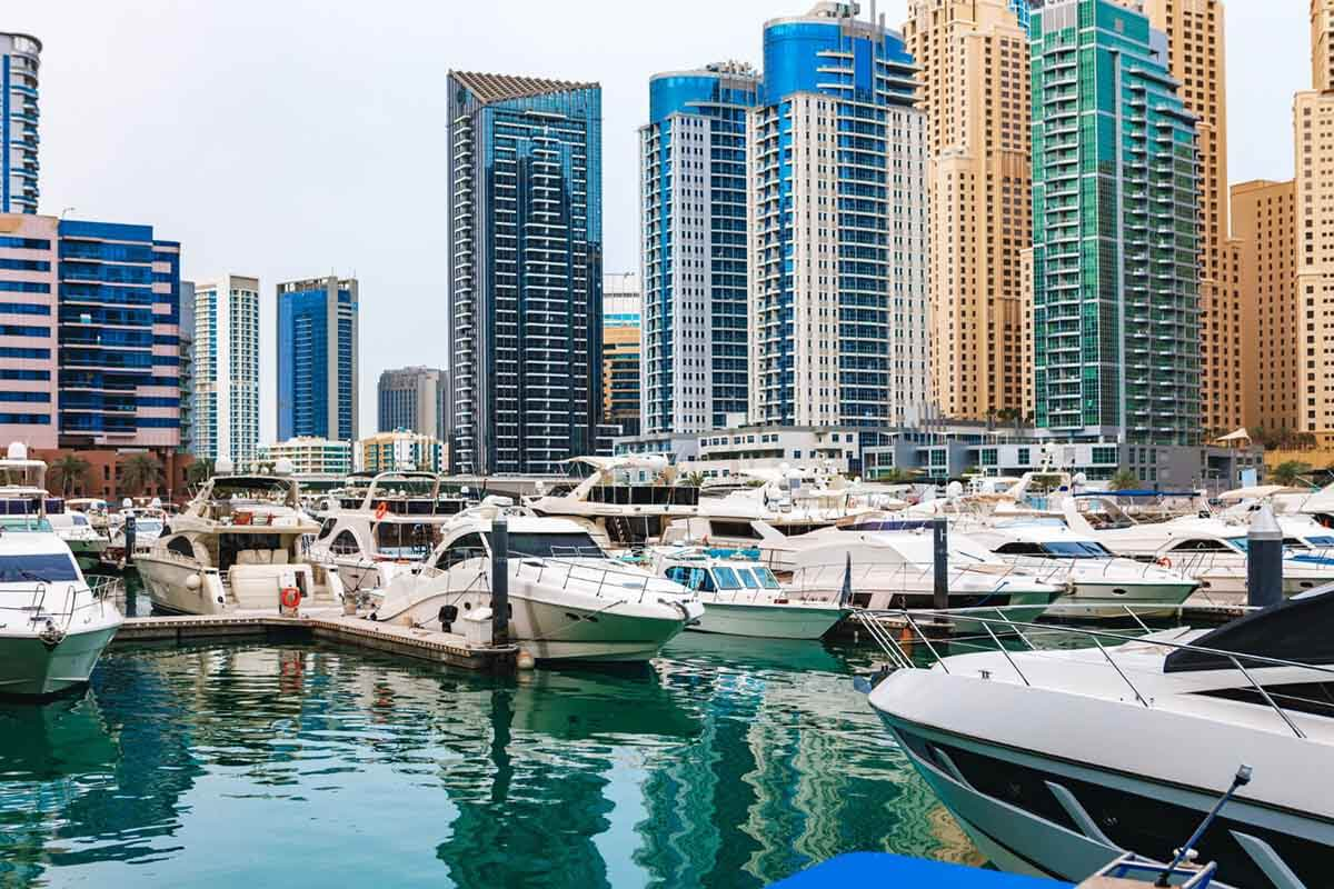 Detailed overview of the UAE real estate market per emirate