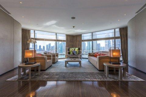 Apartment in Downtown Dubai (Downtown Burj Dubai), Dubai, UAE 2 bedrooms, 201.8 sq.m. № 5293 - photo 1