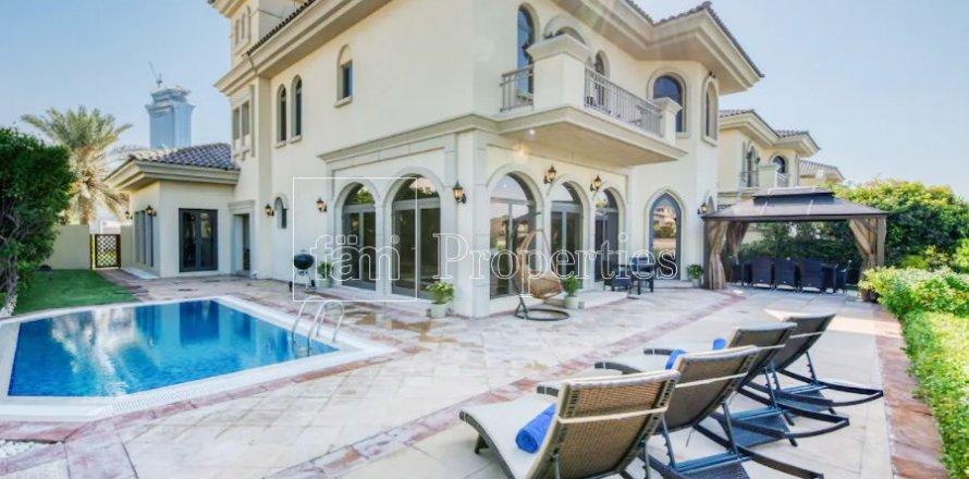 Villa in Palm Jumeirah, Dubai, UAE 4 bedrooms, 657.6 sq.m. № 5120