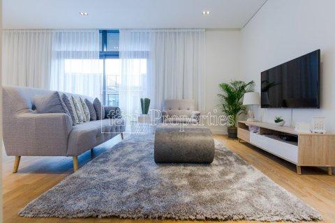 Apartment in Jumeirah, Dubai, UAE 2 bedrooms, 156.4 sq.m. № 4717 - photo 10