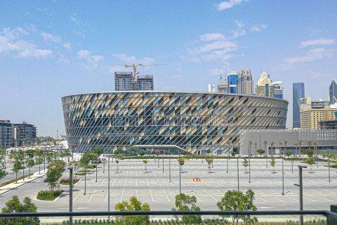 Apartment in Jumeirah, Dubai, UAE 3 bedrooms, 215.3 sq.m. № 5278 - photo 1