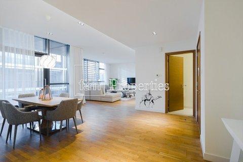 Apartment in Jumeirah, Dubai, UAE 2 bedrooms, 177.4 sq.m. № 5442 - photo 10