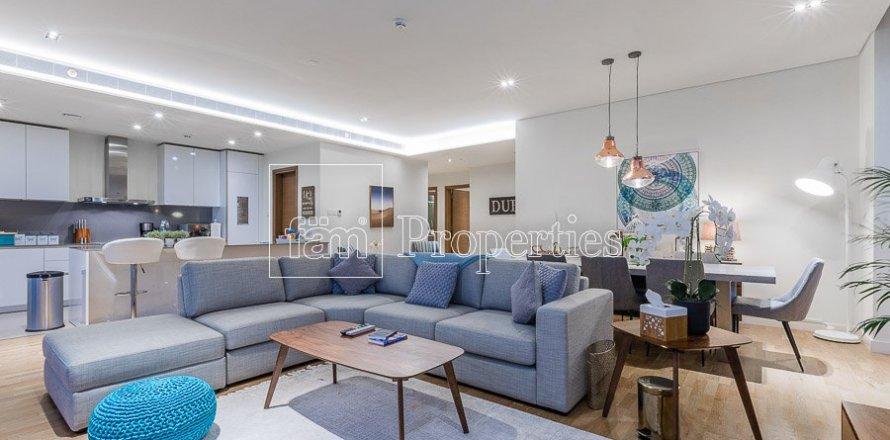 Apartment in Jumeirah, Dubai, UAE 3 bedrooms, 203.7 sq.m. № 5307