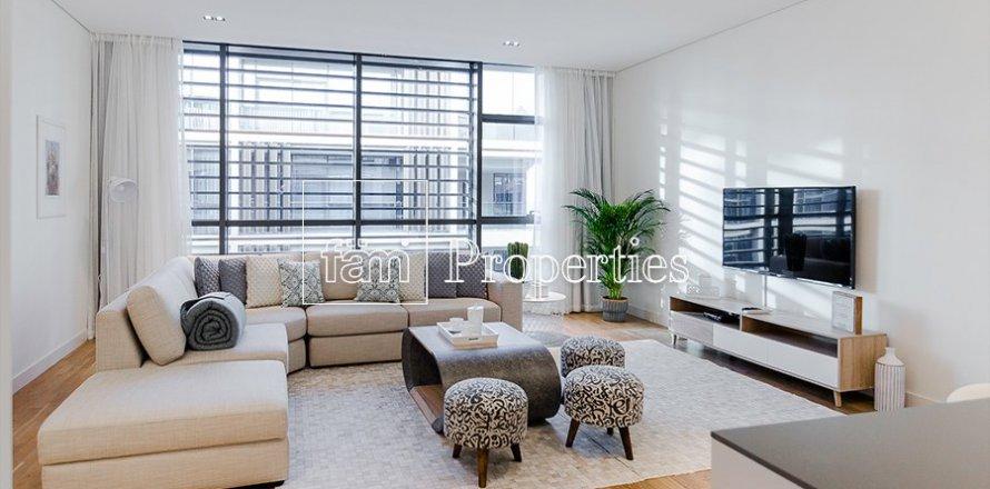 Apartment in Jumeirah, Dubai, UAE 2 bedrooms, 177.4 sq.m. № 5442