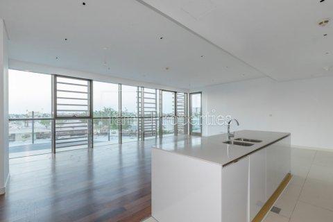 Apartment in Jumeirah, Dubai, UAE 3 bedrooms, 211.4 sq.m. № 4844 - photo 1