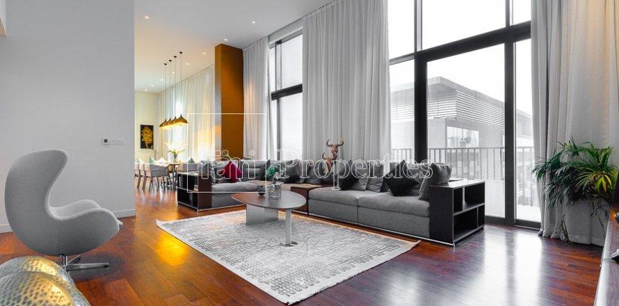 Penthouse in Jumeirah, Dubai, UAE 4 bedrooms, 521.4 sq.m. № 4481